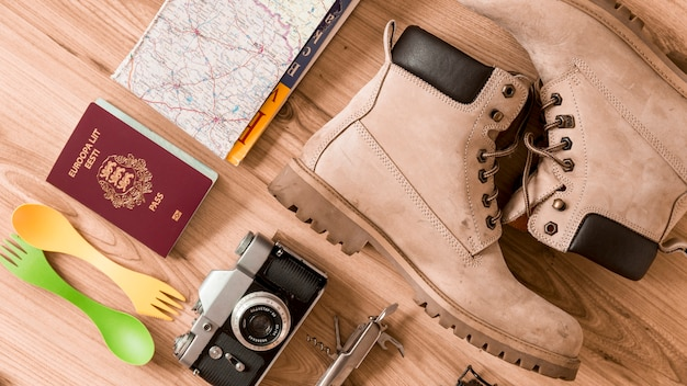 Botas e estoques de viagem