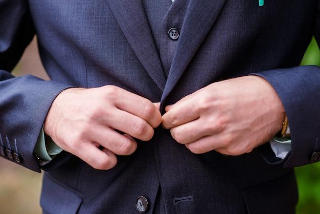 Botões de terno de homem.