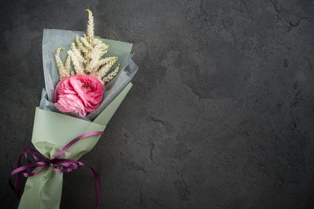 Bouquet com ranúnculo
