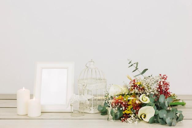 Bouquet de noiva de flores com moldura