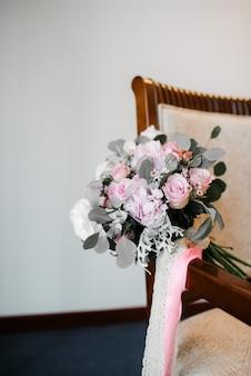 Bouquet de noiva de flores da noiva close-up