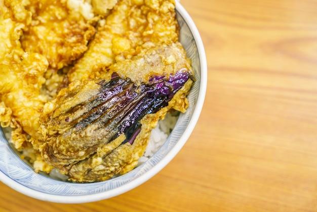 Bowl tempura na tabela
