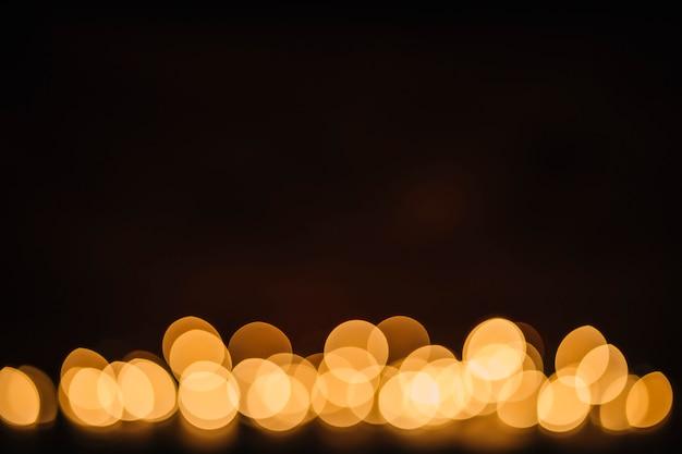 Brilhando luzes desfocadas