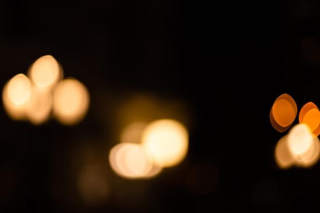 Brilho fundo de luzes vintage. prata e ouro claro. desfocado.