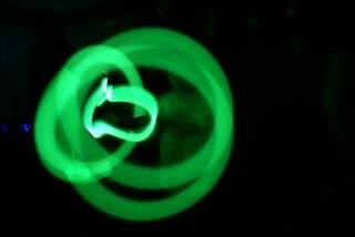 Brilho verde amarrando