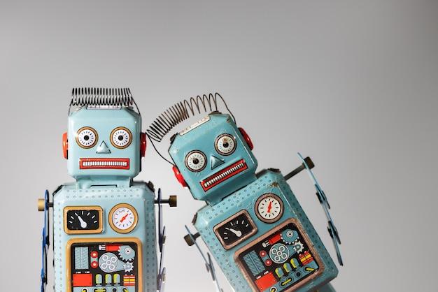 Brinquedo de lata de robô retrô vintage