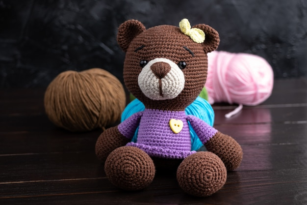 Brinquedo de malha feito à mão amigurumi engraçado