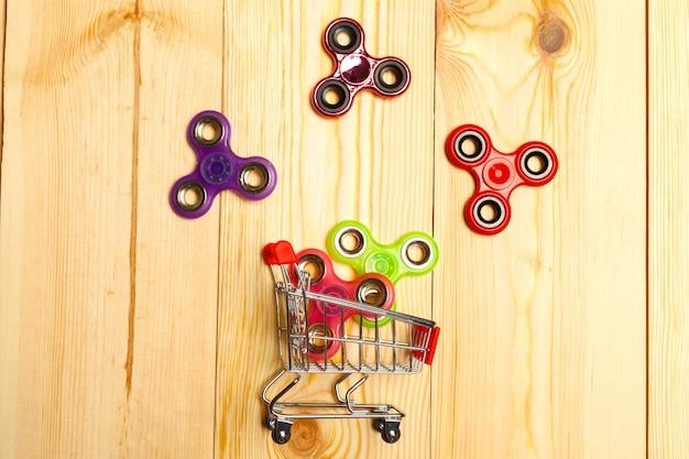 Brinquedo fidget spinner popular