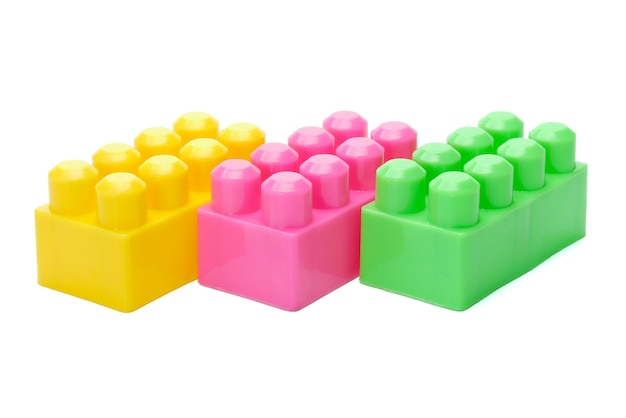 Brinquedo meccano isolado no fundo branco