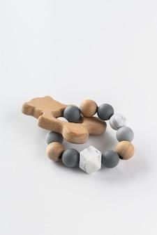 Brinquedos artesanais de madeira fofos para recém-nascidos