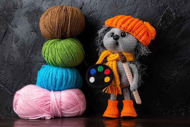 Brinquedos de malha feitos à mão engraçados de amigurumi