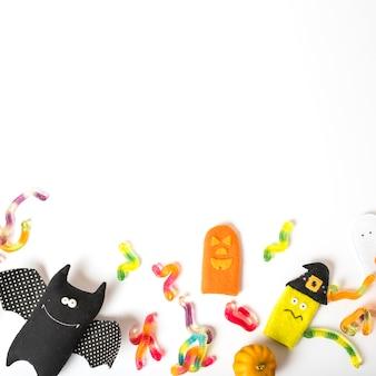 Brinquedos e doces para o halloween