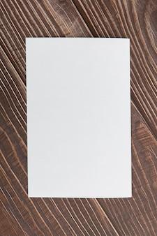 Brochura em branco da vista superior