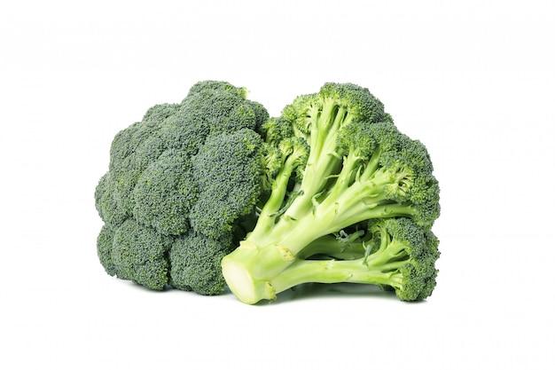 Brócolis isolado. vegetais frescos