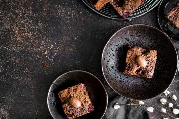 Brownies de chocolate caseiros recém-assados