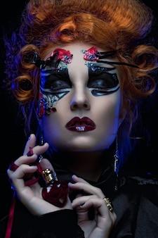 Bruxa gótica. mulher escura. imagem de halloween.