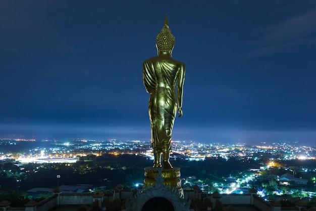 Buda no topo dos pontos turísticos em nan