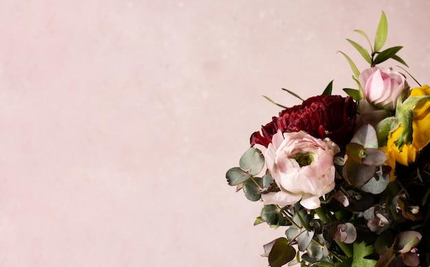 Buquê de cópia-espaço de rosas