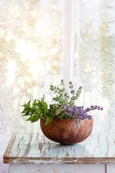 Buquê de ervas do jardim