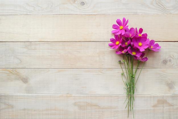 Buquê de flor de cosmos
