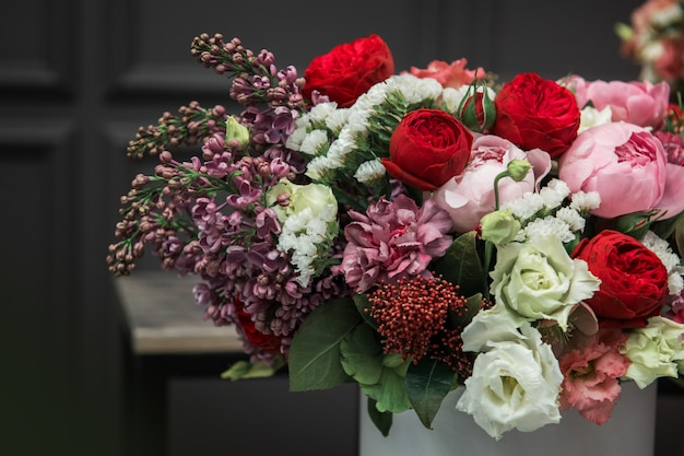 Buquê de flores de diferentes beleza