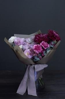 Buquê de flores em um vaso