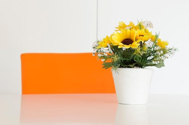 Buquê de flores em vaso