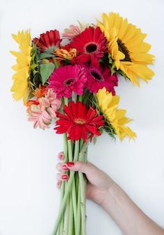 Buquê de flores gerbera e girassol