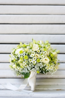 Buquê de flores lindo casamento