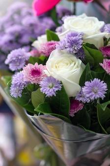 Buquê de flores rosas