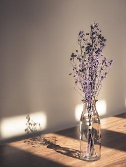 Buquê de flores secas gypsophila para decoração Foto Premium