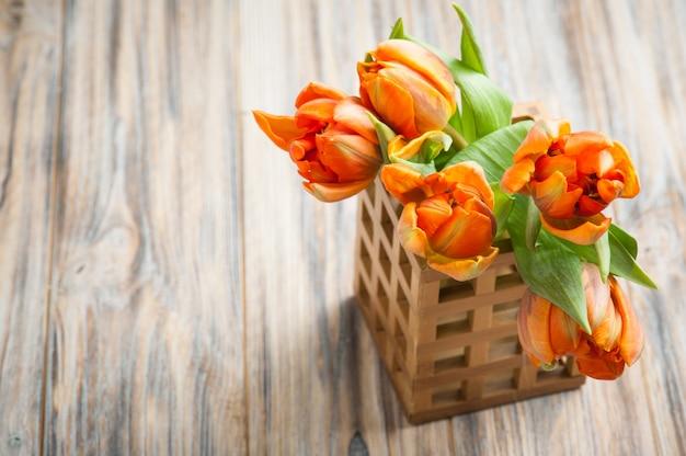 Buquê de tulipas laranja