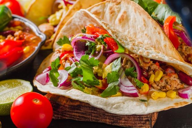 Burrito mexicano saboroso