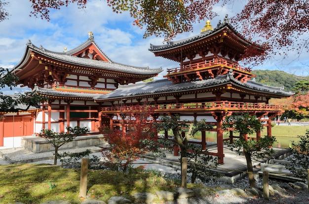 Byodo-in temple (phoenix hall) é um templo budista em uji, prefeitura de kyoto, japão