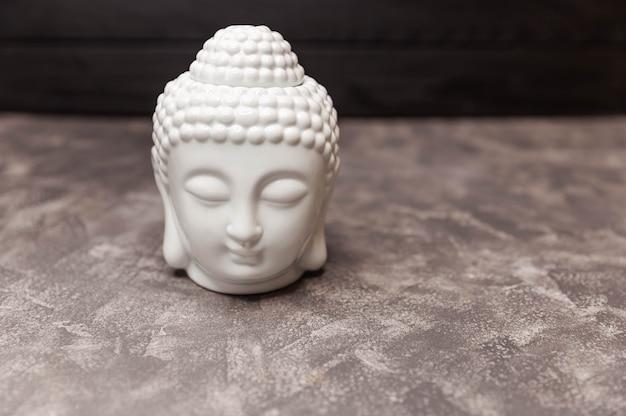 Cabeça de estátua de buda em cerâmica e estatueta decorativa com cabeça