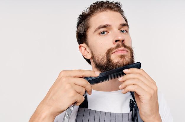 Cabeleireiro masculino barbearia corte de cabelo prestação de serviços