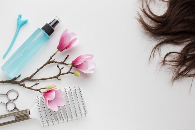 Cabelo natural com frasco de spray
