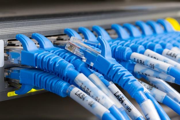 Cabo lan conectado ao switch