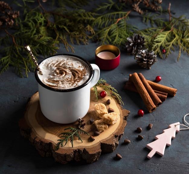 Cacau natal cinnamom árvore aconchegante madeira fundo