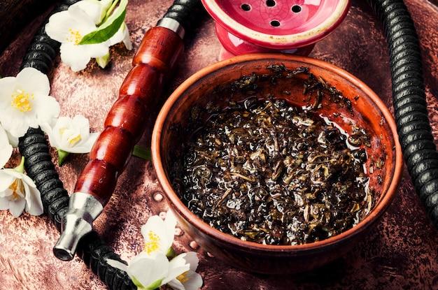 Cachimbo de água oriental com aroma de jasmim floral