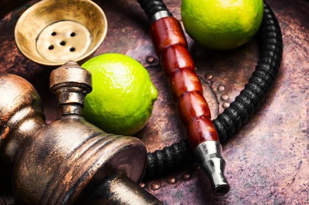 Cachimbo de água turco com aroma de lima