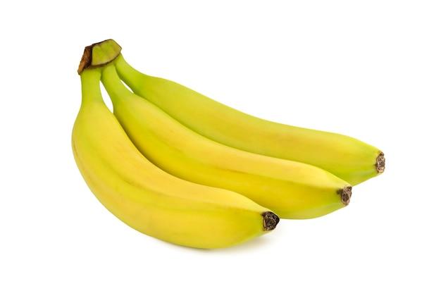 Cacho de bananas isolado na superfície branca