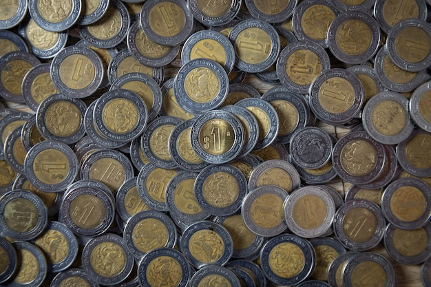 Cacho de pesos mexicanos, moedas de um peso