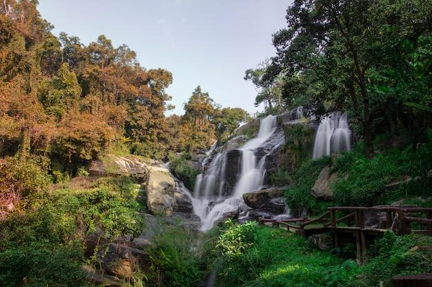Cachoeira de mae klang no doi inthanon