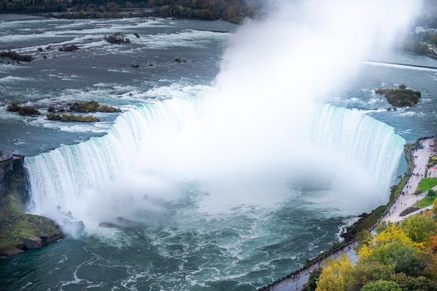 Cachoeira de niagara de cima, vista aérea da cachoeira de niagara.