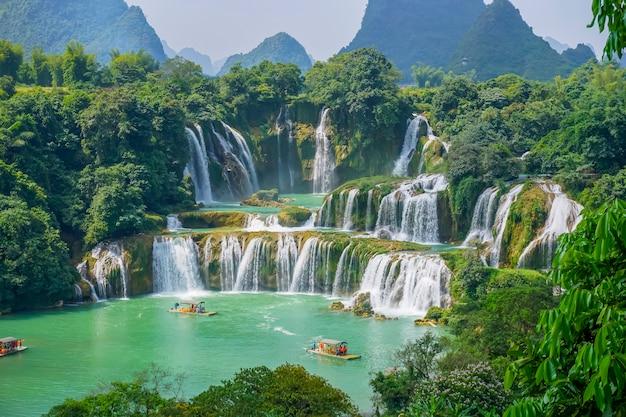 Cachoeira limpa, úmido, exterior, verde, natural