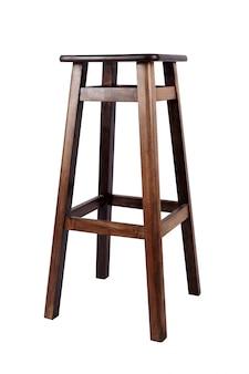 Cadeira confortável de madeira marrom, banquinho para bar isolado no branco