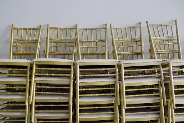 Cadeira de casamento para a noiva e o noivo, amor casal
