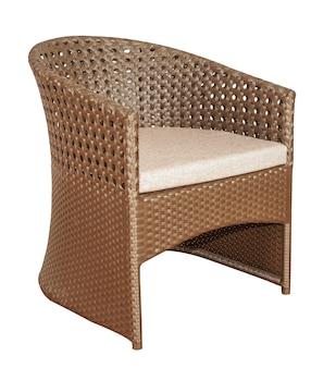 Cadeira de vime de vime com assento macio. mobiliário de jardim moderno.