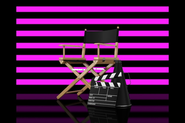 Cadeira do diretor, filme clapper e megafone na frente do fundo preto stripped lights. renderização 3d